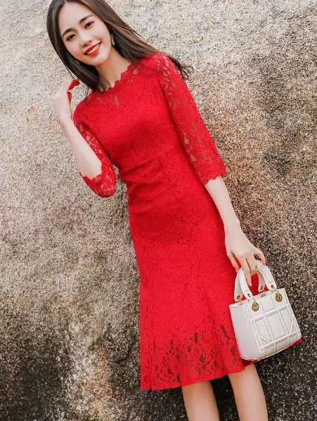 芝麻e柜为您而造 女人的风情尽在时尚优雅连衣裙中