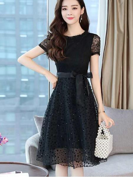 芝麻e柜小黑裙 时尚、浪漫和优雅 永不坠落的经典