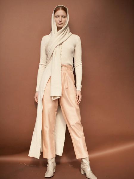 darinhachem国际品牌品牌2020春夏修身针织衫
