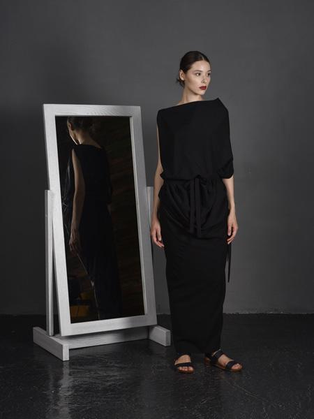 J perekriostova国际品牌2020春夏棉麻丝绸连体裤
