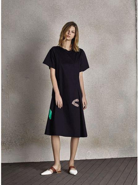 南耳女装品牌2020春夏T恤长款连衣裙