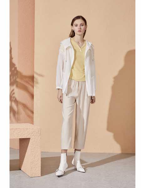 你即永恒女�b品牌2020春夏白色外套