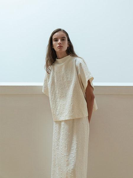 Le 17 Septembre国际品牌时尚棉麻时尚套装