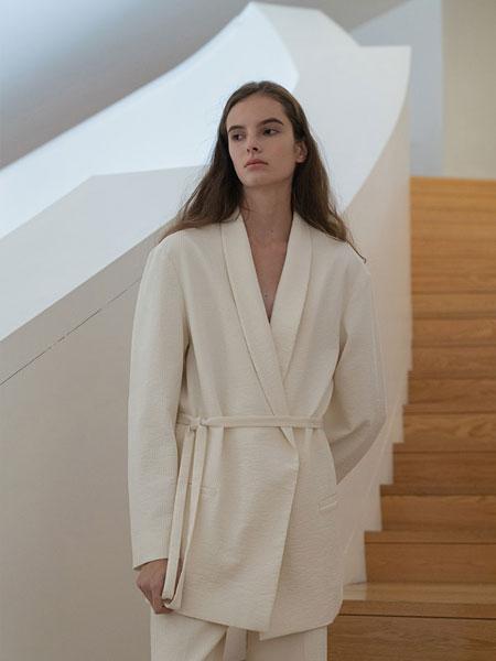 Le 17 Septembre国际品牌收腰v领西装外套