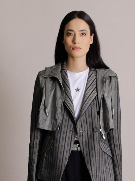 LORENA ANTONIAZZI国际品牌条纹西装外套