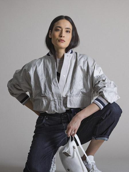 LORENA ANTONIAZZI国际品牌短款夹克外套