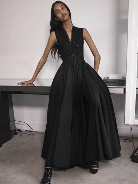 Azzedine Alaia阿瑟丁·阿拉亚国际品牌品牌2020春夏吊带裙子
