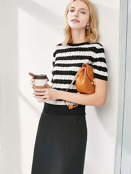 颜域女装品牌2020春夏条纹针织衫