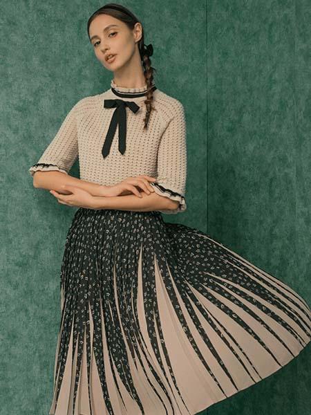 维格娜丝女装品牌2020春夏针织衫半身裙