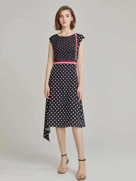 臻色调女装品牌2020春夏波点套装裙子