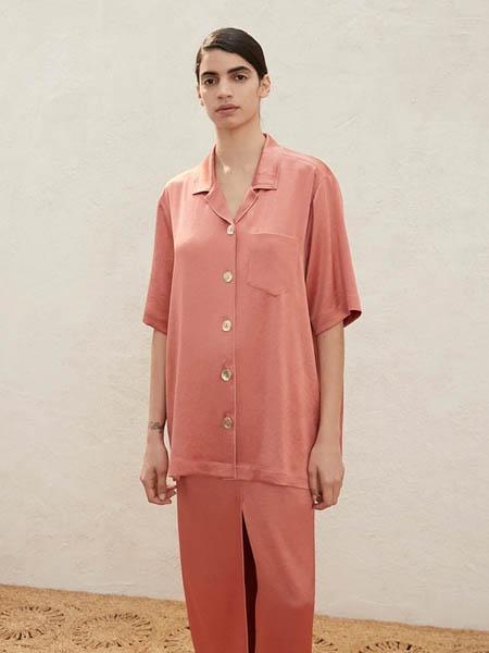 Nanushka国际品牌丝绸顺滑衬衫短袖