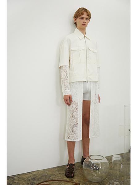 Juha国际品牌短款白色牛仔夹克
