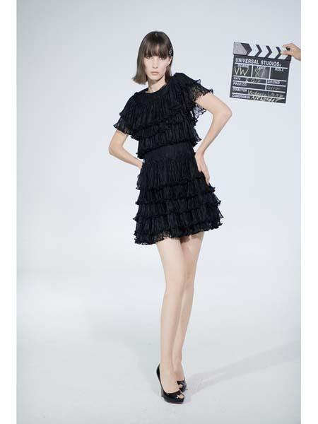 Victoria Wang国际品牌宽松蛋糕裙连衣裙