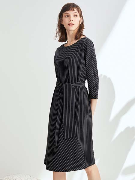 ST.ROLLER ORIGINAL国际品牌新品时尚条纹连衣裙修身系腰带中长裙子
