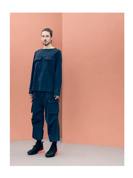 Wisdom国际品牌大口袋纯棉重金属卫衣