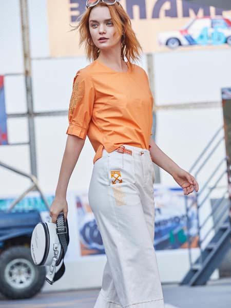 戈蔓婷女装品牌2020春夏橙色T恤