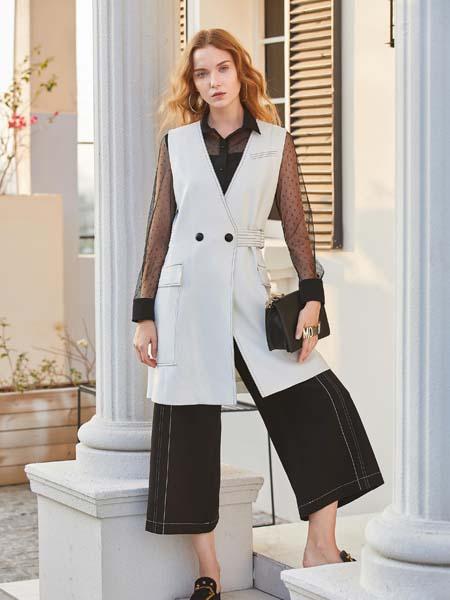 戈蔓婷女装品牌2020春夏V领无袖长款外套