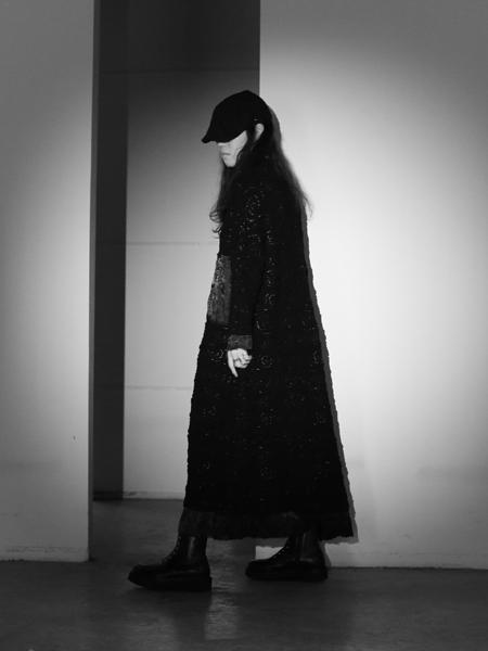 �xNAOMIHOO女装品牌2019秋冬针织连衣裙