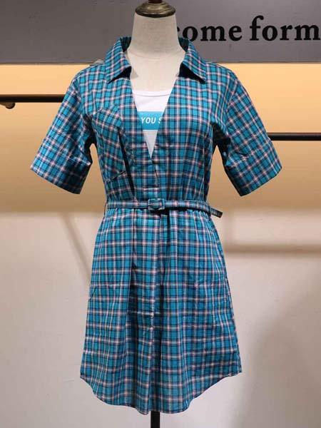 搜谷女装品牌2020春夏皮带收腰格纹连衣裙