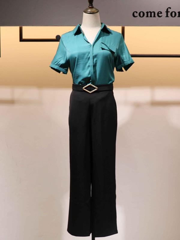 搜谷女装品牌2020春夏V领蓝色T恤短袖