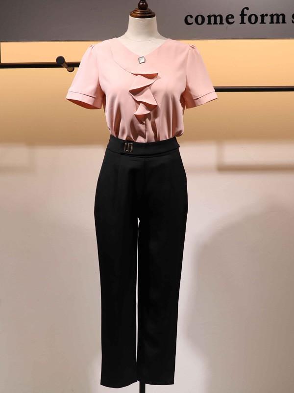 搜谷女装品牌2020春夏V领粉色T恤
