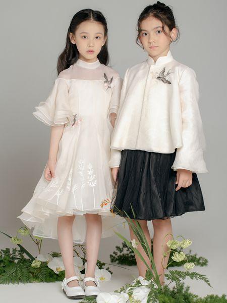 �的屋童�b品牌2020春夏白色喇叭袖�W��B衣裙旗袍�h服短裙