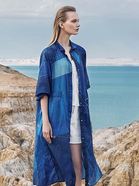 主提女装品牌2020春夏蓝色长款T恤外套