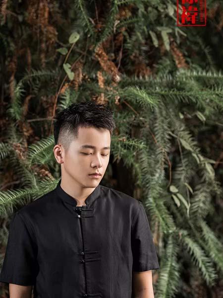 棣祎男装品牌2020春夏黑色扣装复古短袖