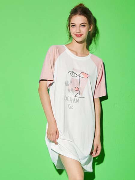 桃花季女装品牌2020春夏粉色袖子新款短袖女士睡衣睡裙休闲舒适宽松圆领T恤家居服极简主义 放肆做自己