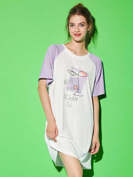 桃花季女装品牌2020春夏折射袖子新款短袖女士睡衣睡裙休闲舒适宽松圆领T恤家居服极简主义 放肆做自己