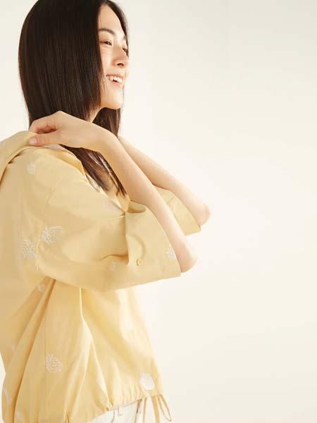 ClothScenery布景女装品牌2020春夏连帽黄色衬衫T恤