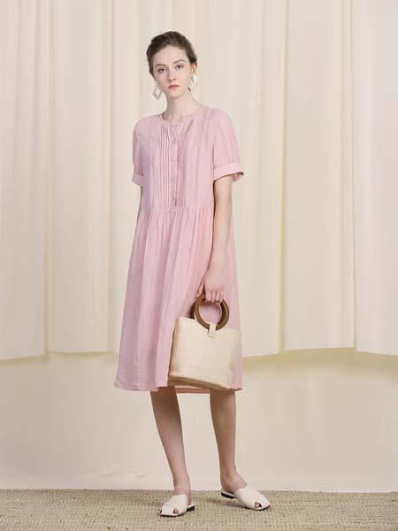 三淼女装品牌2020春夏粉色直筒连衣裙
