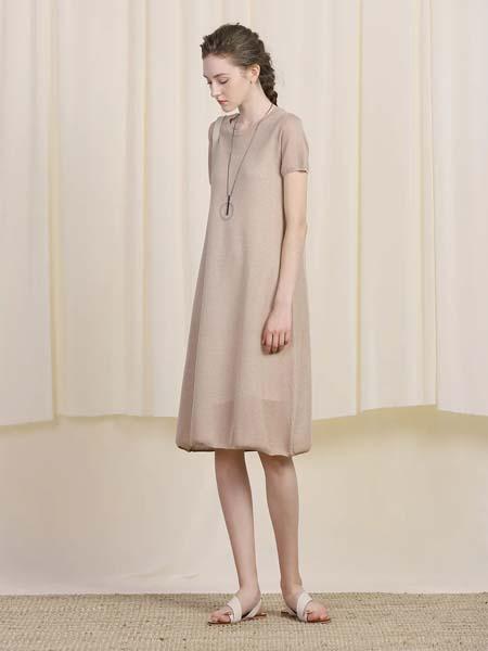 三淼女装品牌2020春夏轻柔咖啡色连衣裙短款