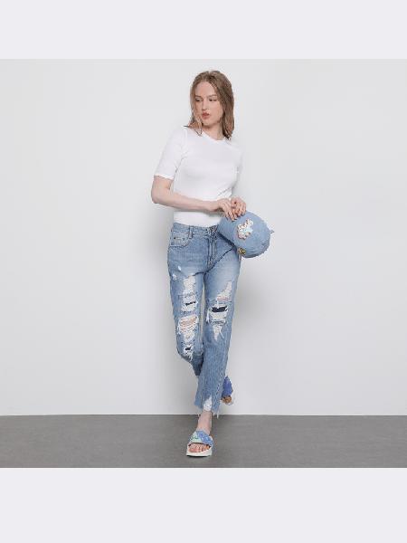 SJYP国际品牌2020春夏修身短款短袖