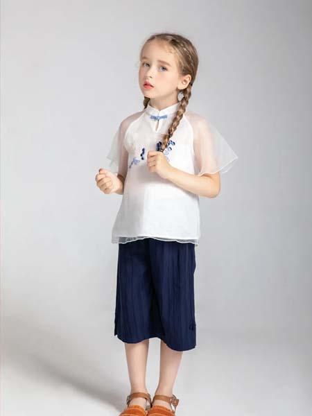 安米莉女装品牌2020春夏纱网袖复古上衣