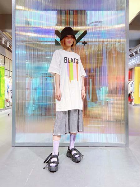 SY+女装品牌2020春夏白色宽松T恤