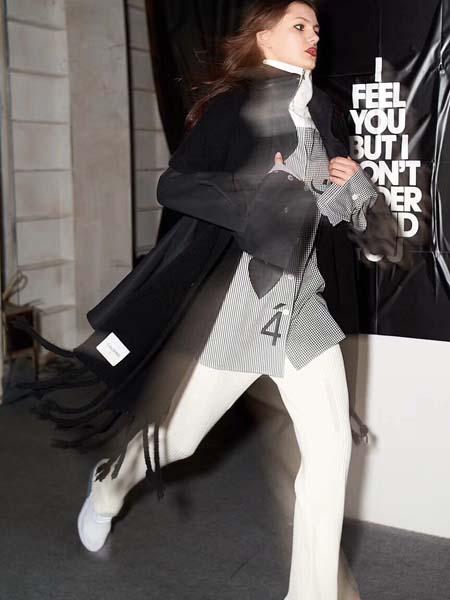 C+Plus Series女装品牌2020春夏黑色长款外套
