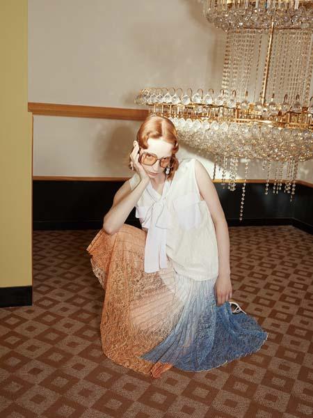 飘蕾女装品牌2020春夏V领白色雪纺衫