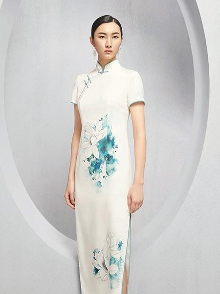 懿菲女装品牌2020春夏白色旗袍