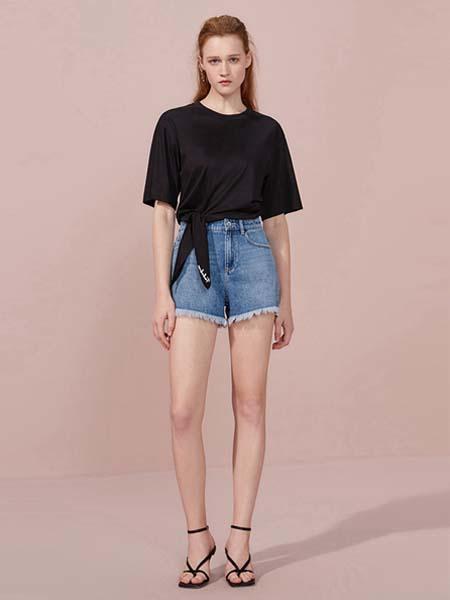 欧时力女装品牌2020德赢官方网站app黑色上衣绳结牛仔短裤