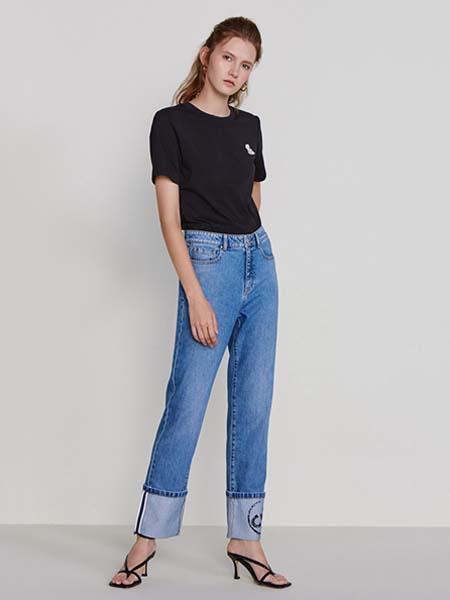 欧时力女装品牌2020春夏黑色T恤