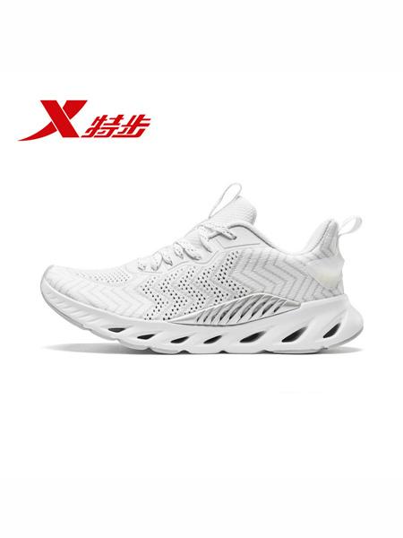 特步(中国)有限公司国际品牌品牌2020春夏跑步鞋新款运动鞋休闲鞋网面透气减震鞋子