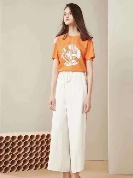 广州 品牌折扣女装 老品牌 经典中性款 时尚休闲套装尾货批发