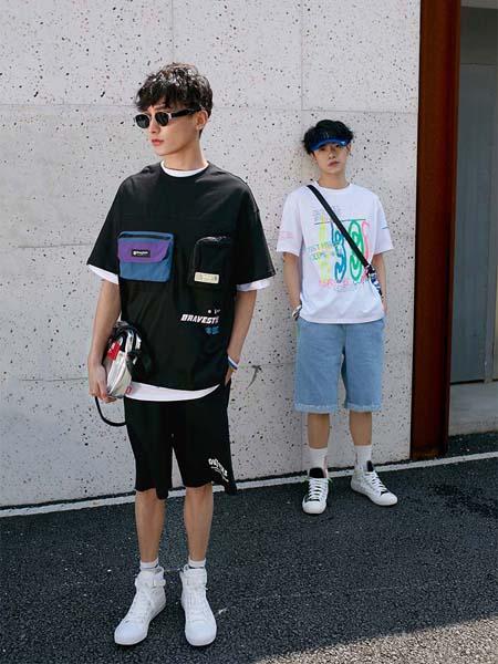 越也青少年品牌2020春夏黑色带包T恤