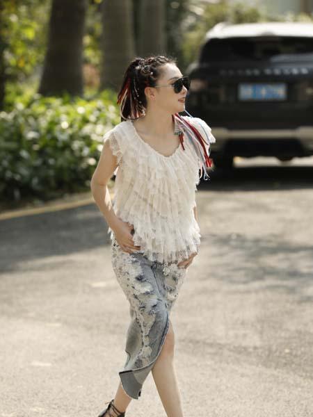 AttinaLife阿缇娜女装品牌2020春夏蕾丝褶皱T恤雪纺衫