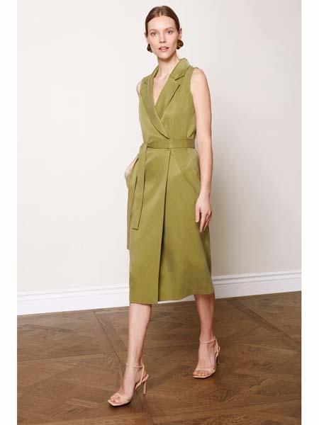 Undress国际品牌品牌2020春夏高雅绿色西装裙
