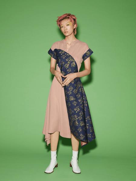 Viviano Sue国际品牌2020春夏拼接款连衣裙