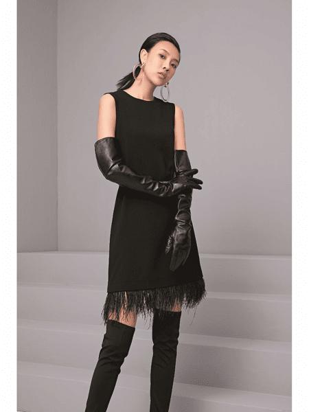 GELING 歌玲女装品牌2020春夏性感知性背心裙