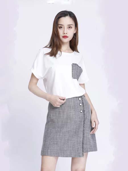 浩洋国际女装品牌2020春夏白色T恤