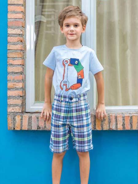 快乐精灵童装品牌2020春夏蓝色T恤